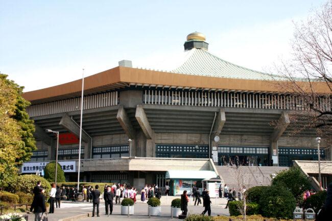 日本武道館の正面